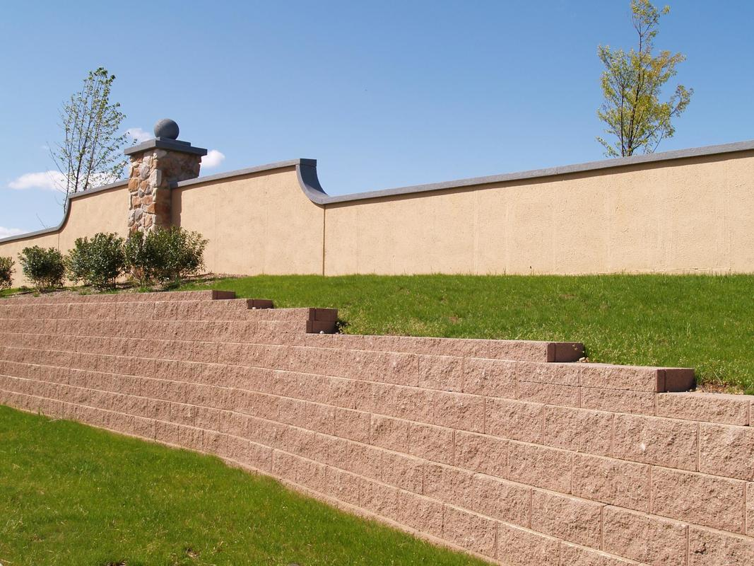 Concrete Retaining Wall, Bend Oregon